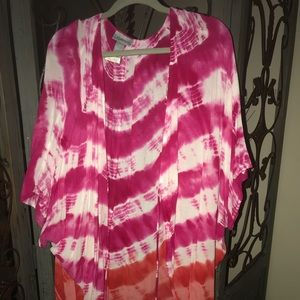 Plus size kimono 2x/3x pink and white worn 1 time